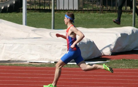 Track athlete comes out; breaks stereotypes
