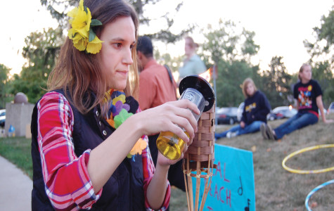 Students stay festive at luau despite cold weather