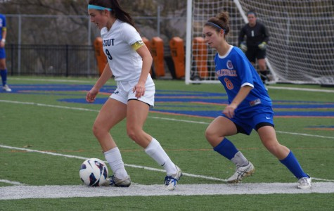Pioneers fall to Blugolds 3-1 after bus issues delay start