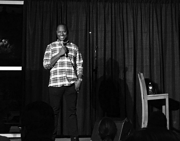 Arvin Mitchell calls out Exponent staff member Mackenna Moralez for taking his picture during his stand-up comedy routine