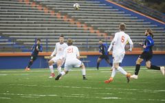 Pioneer soccer ties with Dominican University
