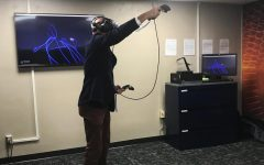 Karrmann Library debuts new virtual reality room