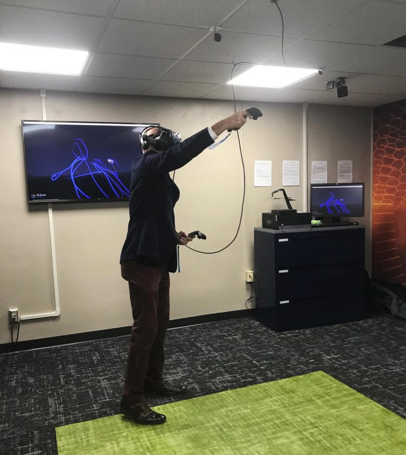 Karrmann+Library+debuts+new+virtual+reality+room