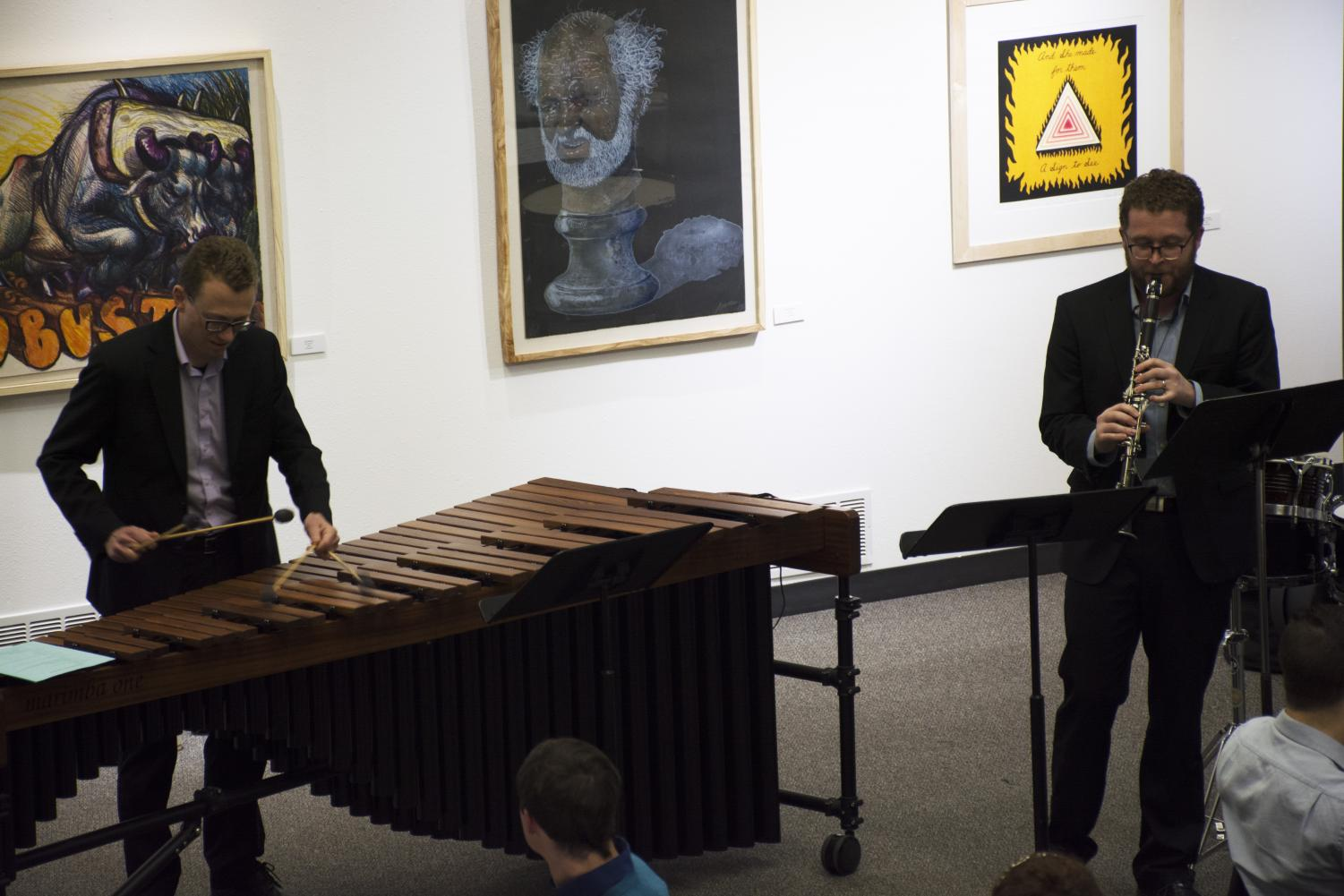 Jacob Thomas photo Lienert and Mackey playing for audience in Nohr Gallery.