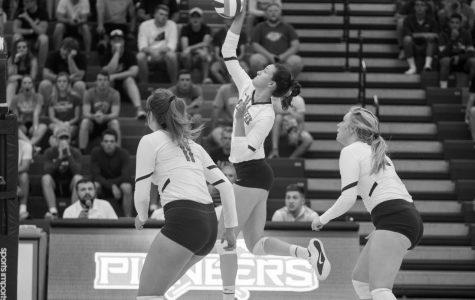 Pioneer Volleyball Wins 4-0